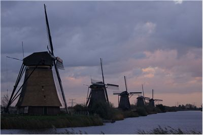 list of popular windmills countries famous for windmills